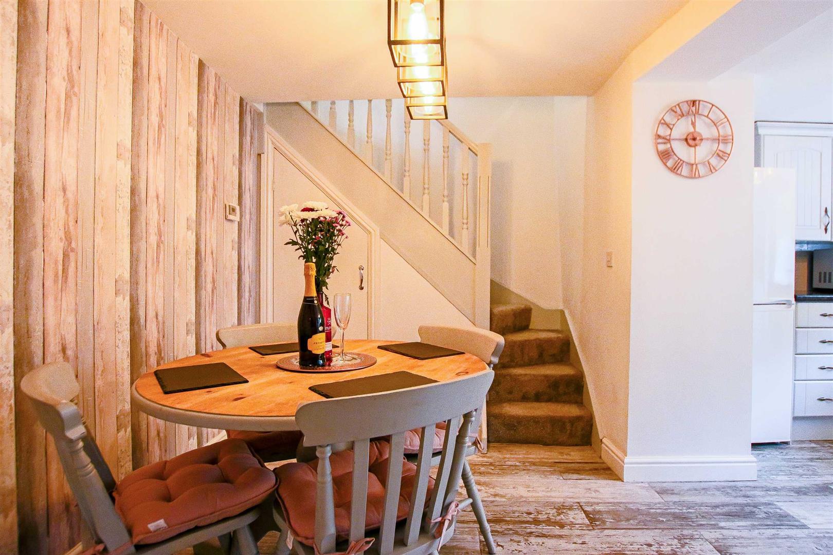2 Bedroom Terraced Cottage For Sale - Image 11